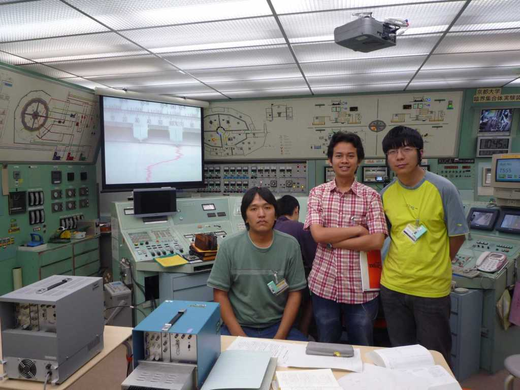 Munkhbat, me, and Sicheng @ control room