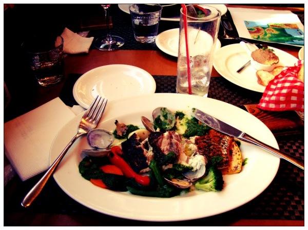 Makanan ala Prancis yg sempat saya cicipi di Tokyo. Oishii desu! :)
