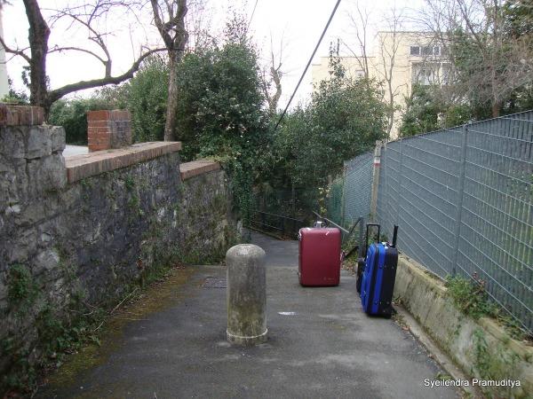 Gang ga jelas menuju ICTP Adriatico Guest House